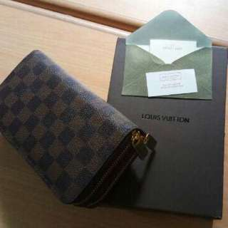 Dompet LV Louise vuitton