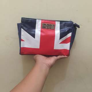 Pouch Oriflame England