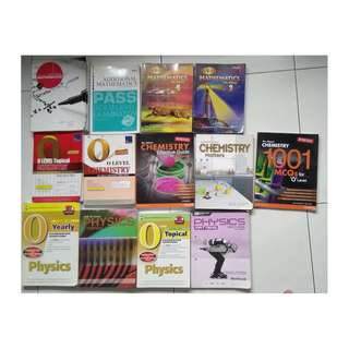 Assorted A Maths, Maths,Physics and Chemistry textbooks and exercise books