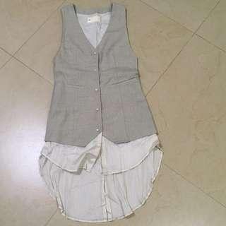 Initial vest