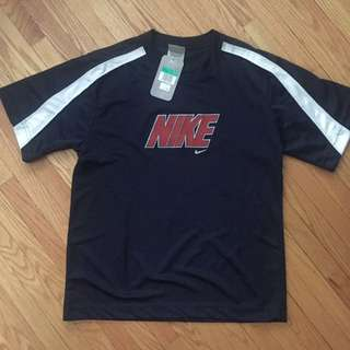 New With Tags Nike shirt