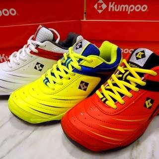 日本品牌,Kumpoo 羽毛球鞋