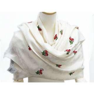 Coach 櫻桃🍒白色圖騰頸巾 70%wool & 30% silk  60cm x 165cm
