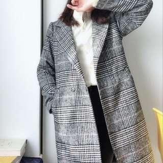🚚 灰色毛呢格紋大衣⛄️