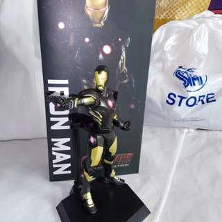 Iron man stealth mode by crazy toys