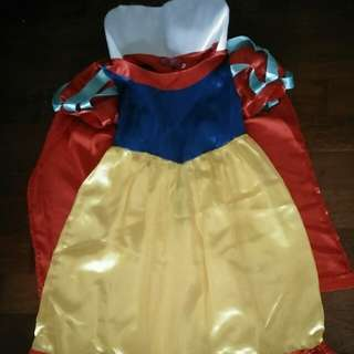 Kostum Snow White