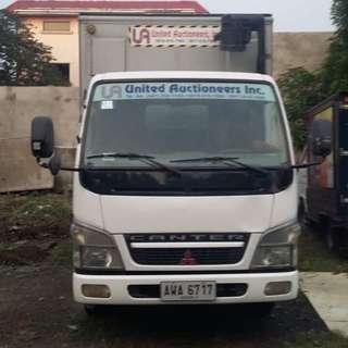 Closed Van Truck for Sale
