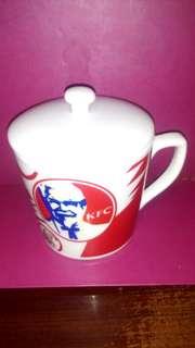 🚚 肯德基爺爺限量陶瓷馬克杯(含杯蓋)