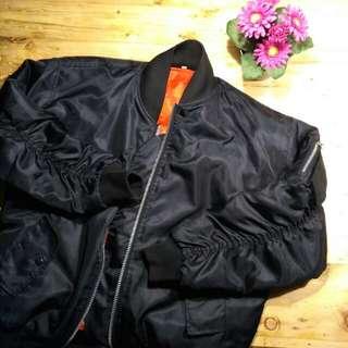 Jaket Bomber Reversible Hitam/Oranye