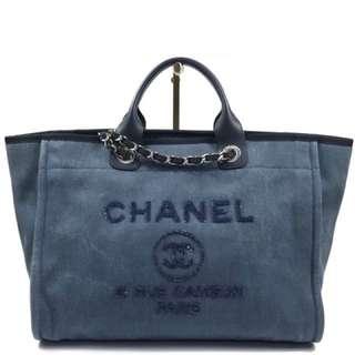 罕有‼️二手 CHANEL Deauville 系列 A66941 深藍色牛仔布袋 中號 38cm寬,配閃珠片 logo
