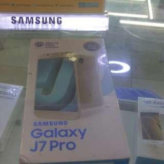 Hai gan ada penawaran menarik neh samsung j7pro free case didlm dus&free internet 13 gb dr smartfren