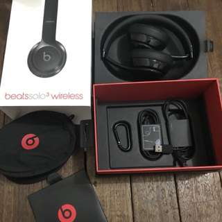 Beats solo 3 Black USED ONCES