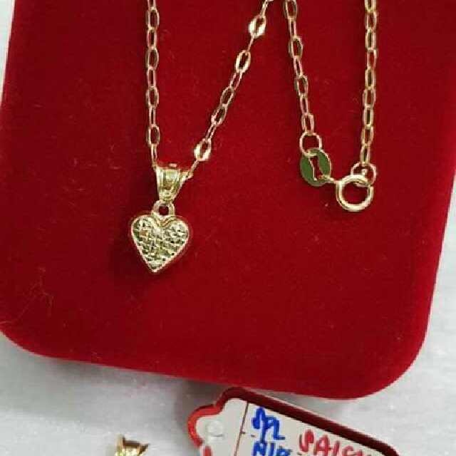 18k necklace w/pendant
