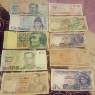 這些紙幣錢幣只賣500
