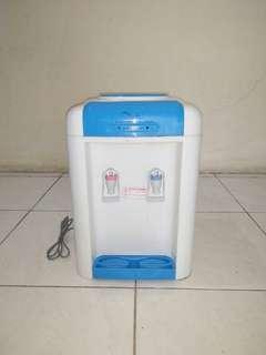Kirin Water Dispenser Kwd 105 HN - Biru