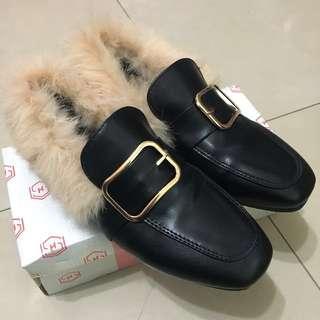 韓國帶回毛毛鞋