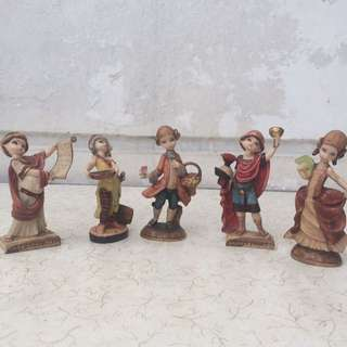 Vintage Depose Italy Figurines Take all 5