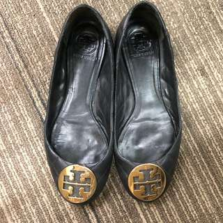 Tory Burch Flat Shoe (Size 38)