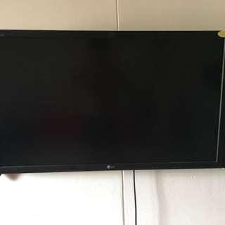 """42"""" LG monitor"""