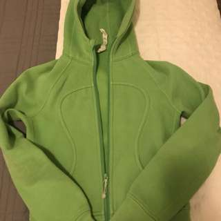 LULULEMON lime green size 4 Sweater