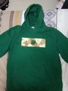 WTS AUTHENTIC UNDEFEATED DESERT CAMO LOGO HOODIE XL