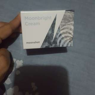 Repriced Moonbright cream