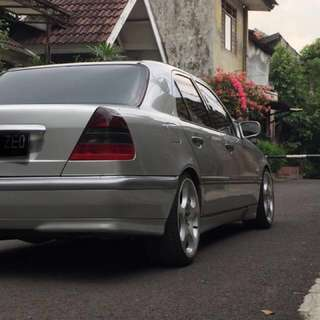 For Sale Mercedes Benz C240 tahun 2000 V6 Engine ( harga nego )
