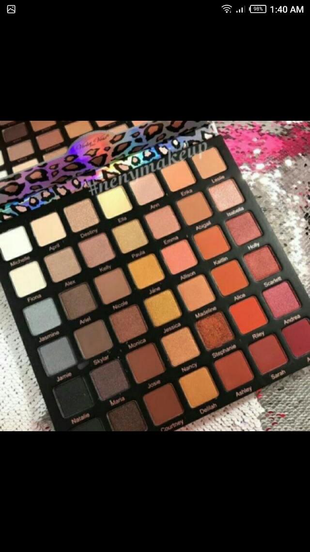 (300 PESOS!!) Violet voss 42 palette