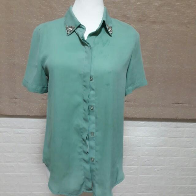 薄紡紗襯衫