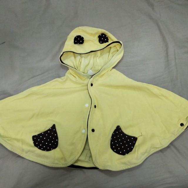《九成新》鵝黃色熊熊耳朵連帽斗篷