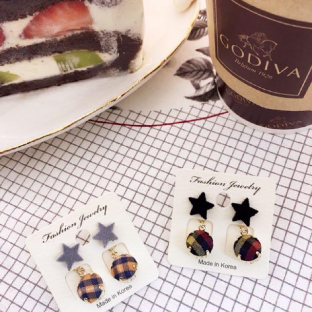 新款手作鈕扣格紋小星星耳環