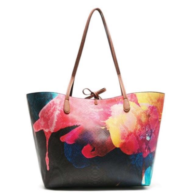 ea702d4000b 🆕 Authentic Desigual Reversible Shopper Tote Bag Floral Red Black White,  Women's Fashion, Bags & Wallets on Carousell