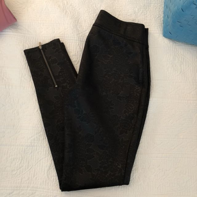 A&F tights