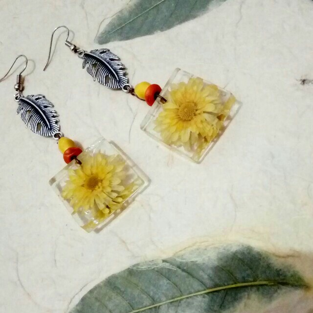 Anting anting bunga asli