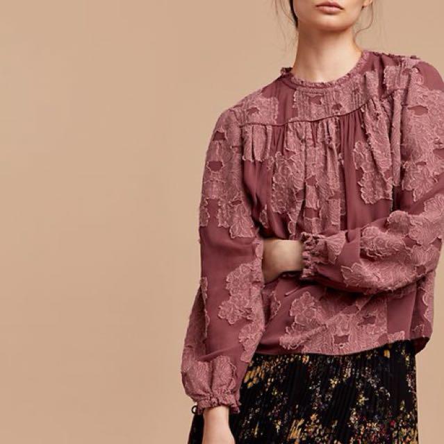 Aritzia Lourdes Blouse in Foulard Size XS