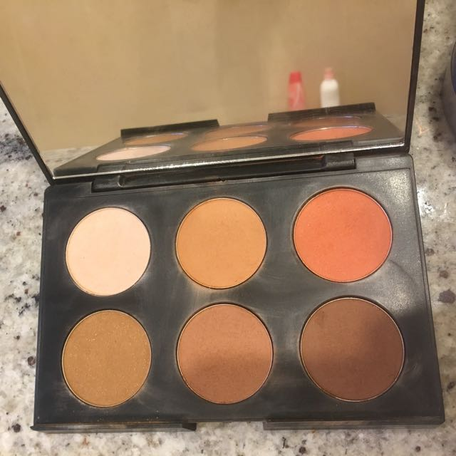 Australis AC ON TOUR contour Palette - Dark