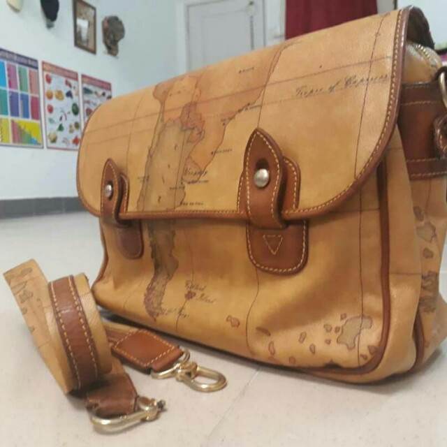 Authentic Alviero Martini Mesengger Bag Made In Italy Men S Fashion Bags Wallets On Carou