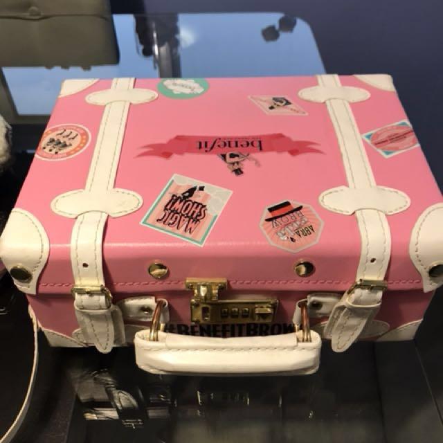 Benefit luggage