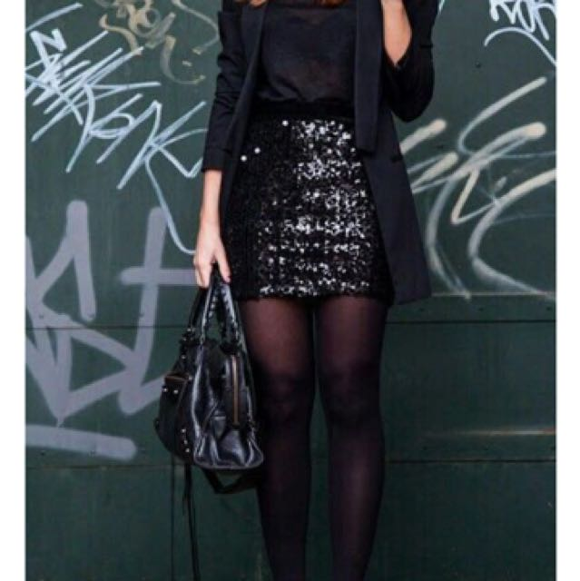 Black sparkle skirt