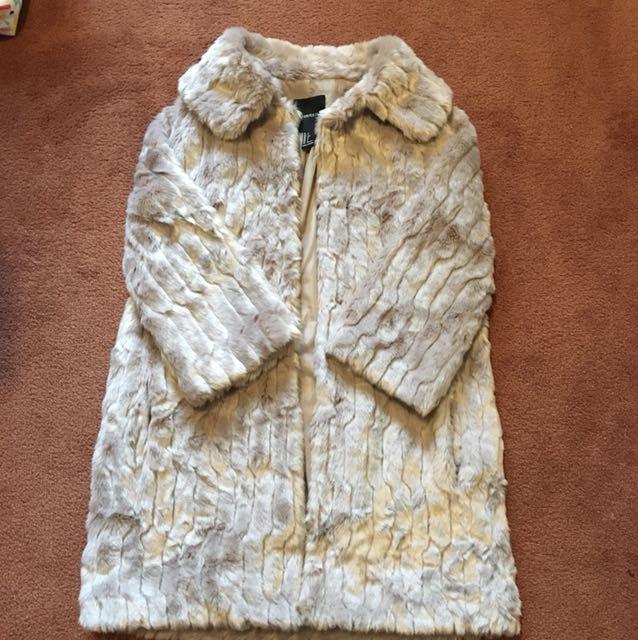 Brand new fur coat light beige S
