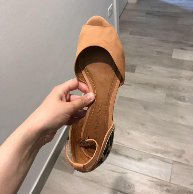 Carrano tan and leopard print sandals