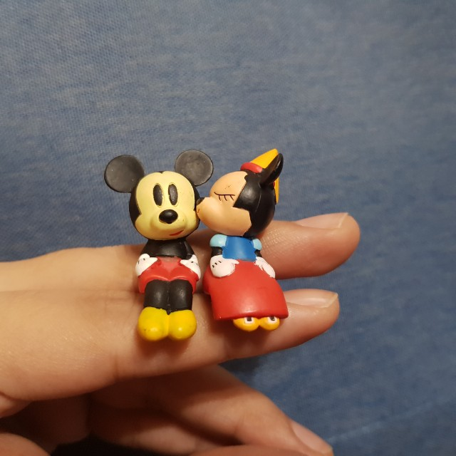 Disney Japan Yujin - Mickey and Minnie Mouse