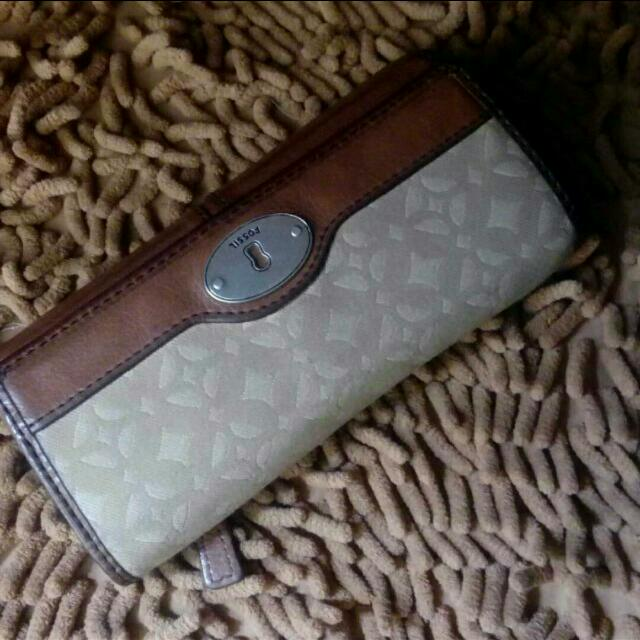 Dompet Fossil pecan