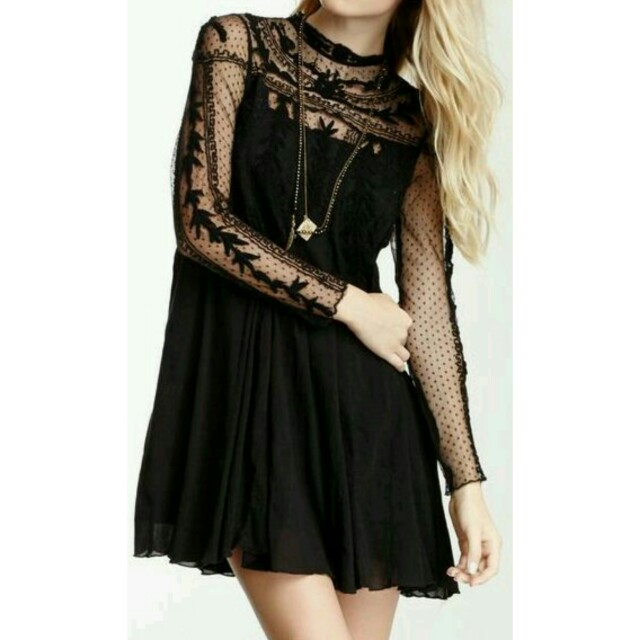 F21 Black dress lace sleeves
