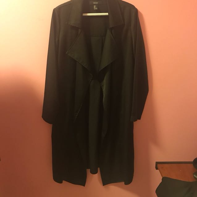 F21 Satin Trench Size Small in Black