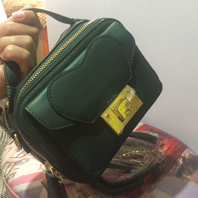 Fashion Sling Bag 👜