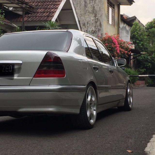 For Sale Mercedes Benz C240 tahun 2000 V6 Engine ( harga nego )