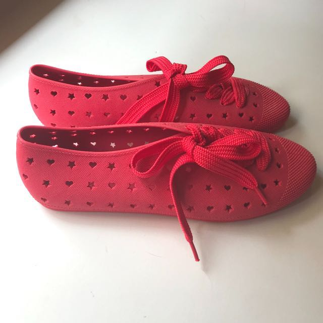 38d157d7085b F-Troupe jelly bathing shoes with laces