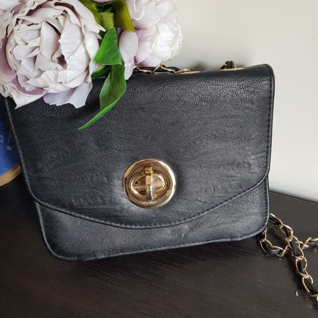 Gold black shoulder clutch formal chain strap purse handbag