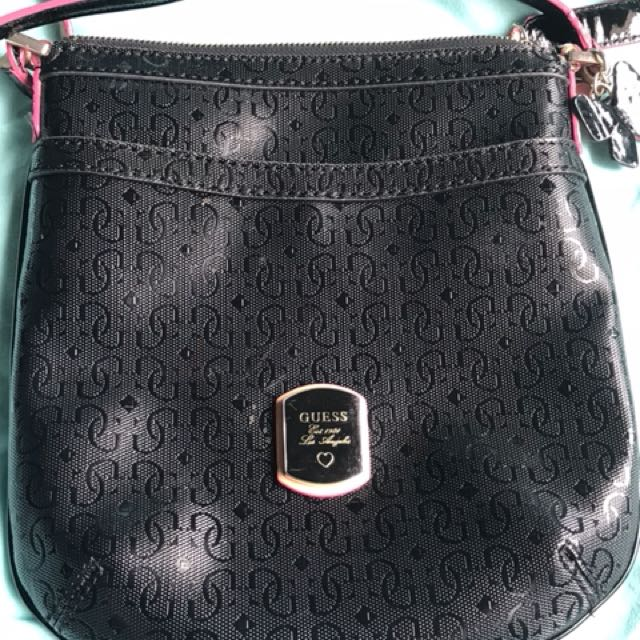 Guess shoulder bag $35